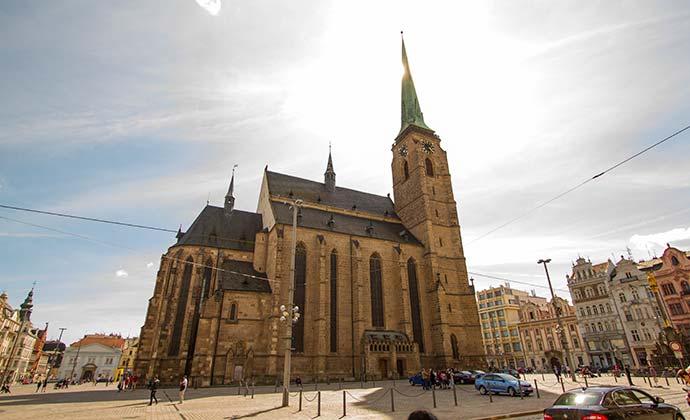 Catedral de São Bartolomeu, em Pilsen (Plzen)